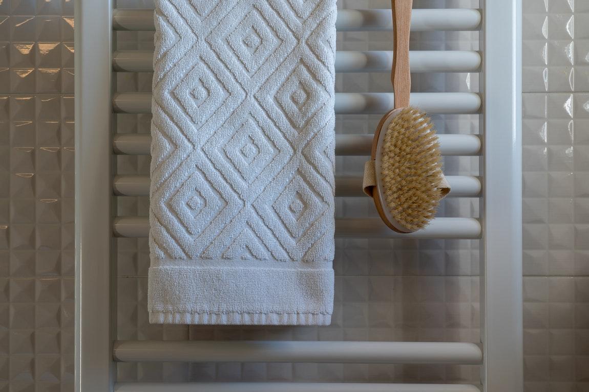 Discussing Creative Tips On Bathroom Design